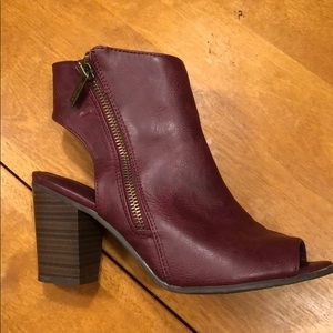 Breckelle's Maroon Leather Booties
